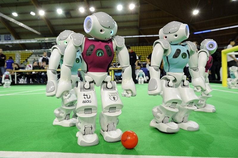 رباتهای فوتبالیست